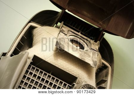 Dust bag in a vacuum cleaner