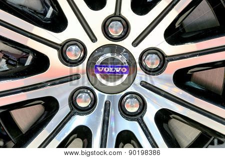 Logo Of Volvo On Wheel