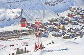 pic of hamlet  - Ski gondola  - JPG