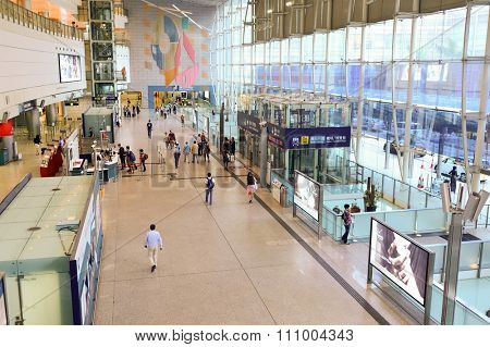 HONG KONG - MAY 5, 2015: interior of Hong Kong Station of the Airport Express is beneath IFC. IFC is an integrated commercial development on the waterfront of Hong Kong's Central District.