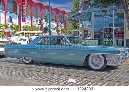 San-francisco-united States, July 13, 2014: Old And Shiny Restored Authentic 1963 Cadillac Series Si