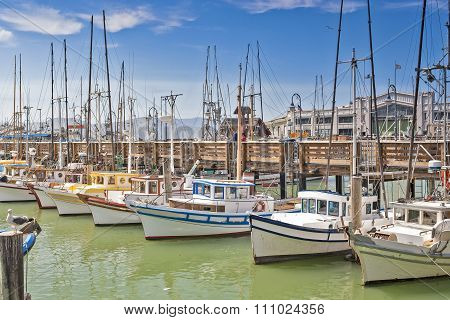 San-Francisco-United States, July 13, 2014: Line of Different Bright Yachts in San-Francisco Marina