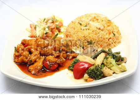 Stair Fried Chicken  With Fried Rice Vegetable And Salad Set