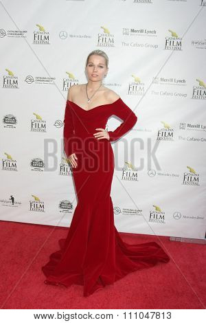 LOS ANGELES - SEP 25:  Irinia Ugolnikova at the Catalina Film Festival Friday Evening Gala at the Avalon Theater on September 25, 2015 in Avalon, CA