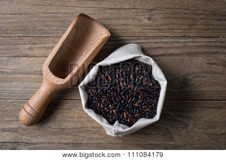 Black Venere Rice With Bailer