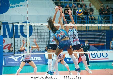 Fernanda Garay Rodriguez (dynamo (msc) 16, While Playing On Women's Ris