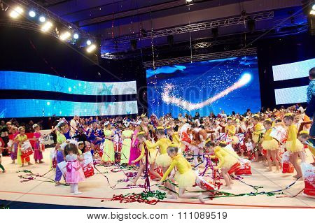 Minsk, Belarus December 05: Unidentified Gymnasts Have Fun During Closing Ceremony During 'baby