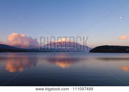 Mount fuji at Lake kawaguchiko, beautiful sunrise lanscape view of Fuji mountain.