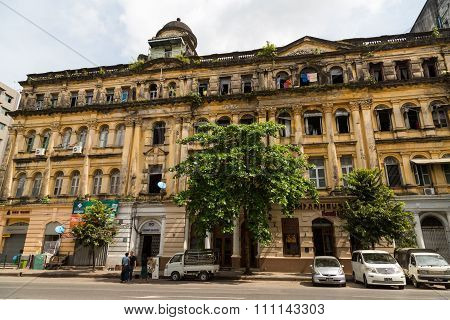 Lokanat Gallery Building