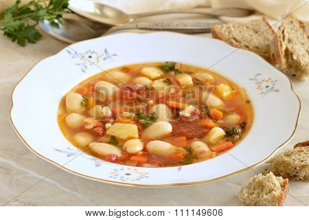 Vegetable soup, minestrone
