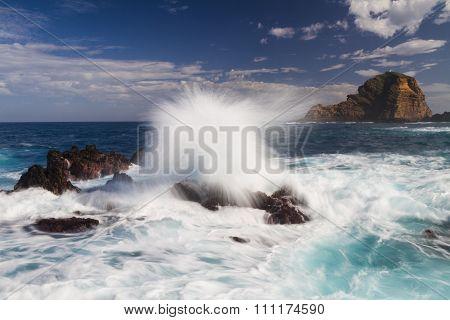 Big Waves Hitting Rocks - Long Exposure Version