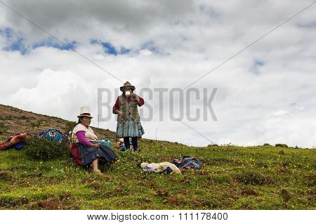 Two Peruvian women farmers near Maras, Paru