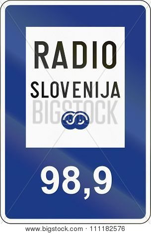 Slovenian Guide Road Sign - Radio Information