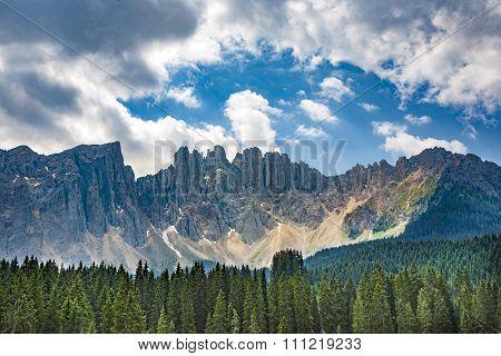 .lake With Mountain Forest Landscape, Lago Di Carezza