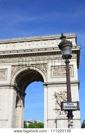 Arc du Triomphe at Charles de Galle Place Paris