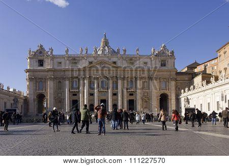 Saint Peters Basilica In Piazza San Pietro In Rome