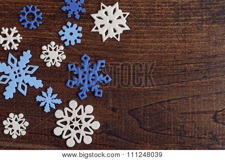 white and blue snowflakes