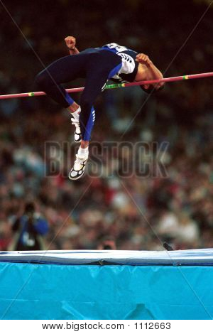 Mens High Jump Action