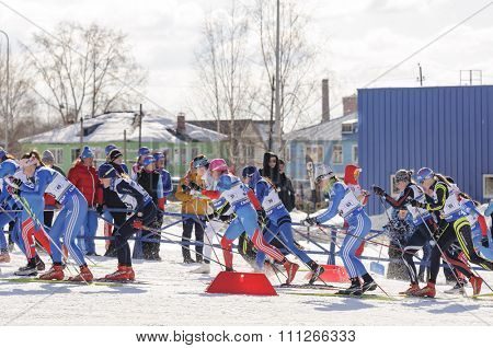 SYKTYVKAR, RUSSIA - APRIL 04, 2013: mass start at the Russian cross-country ski championship-2013. It had been run by Cross-country ski Federation of Russia in Syktyvkar.