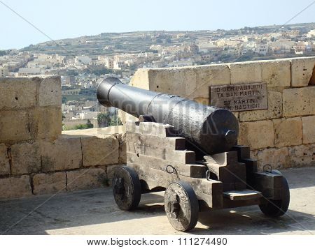 Cannon On Ramparts