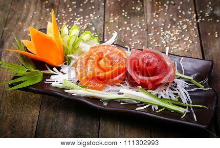 raw fish salad, sashimi decor
