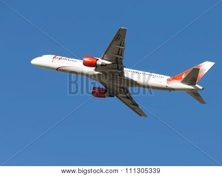 Boeing 757 Vim Airlines