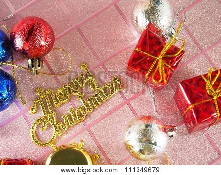 Golden Merry Christmas Tag With Ornament