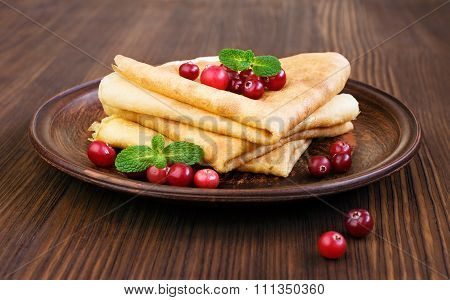 Pancake With Cranberry And Mint