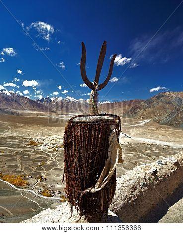BUDDHIST MONASTERIES LADAKH & ZANSKAR ( JAMMU & KASHMIR / INDIA )