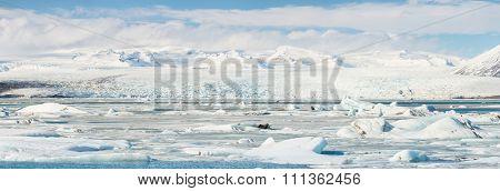 Panorama Vatnajokull Glacier Jokulsarlon lagoon Iceland