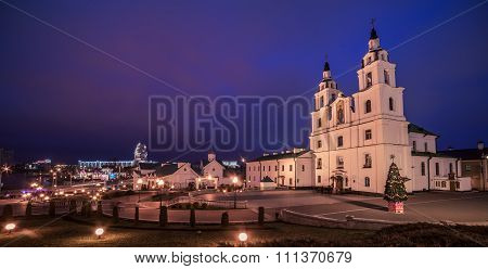 Minsk, Belarus: Orthodox cathedral of the Holy Spirit in sunset