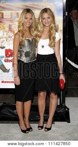 November 12, 2006. Sabrina Aldridge and Kelly Aldridge attend the World Premiere of