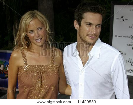August 2, 2005.  Erinn Bartlett and Oliver Hudson at the