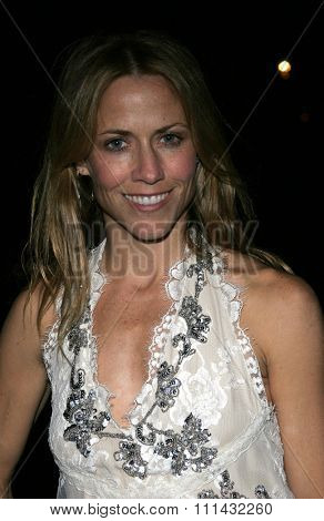 November 21, 2005. Sheryl Crow attends the Los Angeles Free Clinic's 29th Annual Dinner Gala at the Regent Beverly Wilshire in Beverly Hills, California United States.