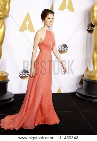 Anna Kendrick poses in the press room during the 87th Annual Academy Awards at Loews Hollywood Hotel on February 22, 2015 in Hollywood, California.