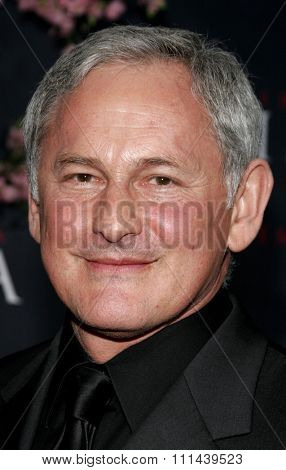12/04/2005 - Hollywood - Victor Garber attends the
