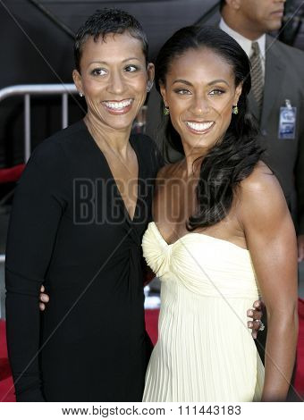 2 August 2004 - Los Angeles, California - Jada Pinkett-Smith and mom Adrienne. The World Premiere of 'Collateral' at the Orpheum Theatre in downtown Los Angeles.