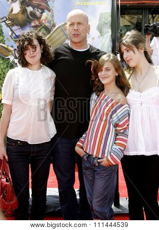 April 30, 2006. Rumer Willis, Tallulah Belle Willis, Bruce Willis and Scout Larue Willis at the Los Angeles Premiere of DreamWorks'