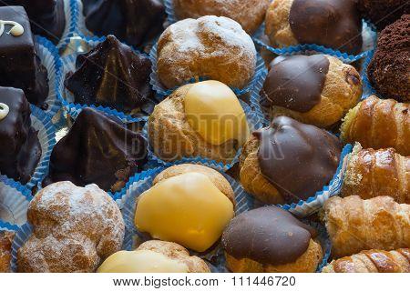 Diversity Italian Pastries