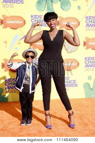 Jennifer Hudson and David Daniel Otunga Jr. at the Nickelodeon's 28th Annual Kids' Choice Awards held at the Forum in Inglewood, USA on March 28, 2015.
