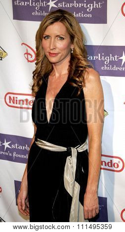 Heather Mills attends the 2007 Starlight Starbright Children's Foundation Gala held at the Beverly Hilton Hotel in Beverly Hills, California on March 23, 2007.