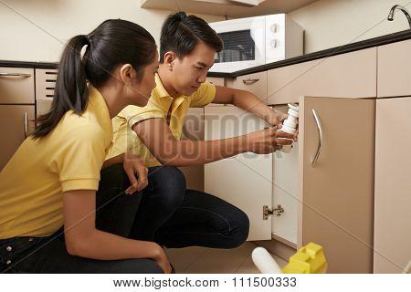 Checking sink drain
