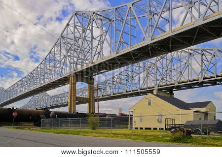 2 Bridges Over The Mississippi In New Orleans