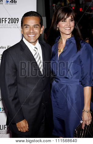 Antonio Villaraigosa and Lu Parker at the 13th Annual Los Angeles Latino International Film Festival Opening Gala held at the Grauman's Chinese Theater in Hollywood, USA on October 11, 2009.