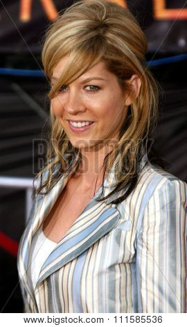 2 August 2004 - Los Angeles, California - Jenna Elfman. The World Premiere of 'Collateral' at the Orpheum Theatre in downtown Los Angeles.