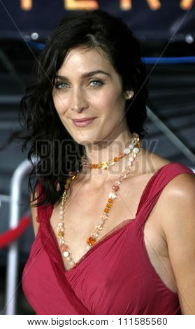 2 August 2004 - Los Angeles, California - Carrie-Anne Moss. The World Premiere of 'Collateral' at the Orpheum Theatre in downtown Los Angeles.