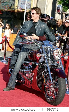HOLLYWOOD, CALIFORNIA. June 27, 2005. Tom Cruise and Katie Holmes at the