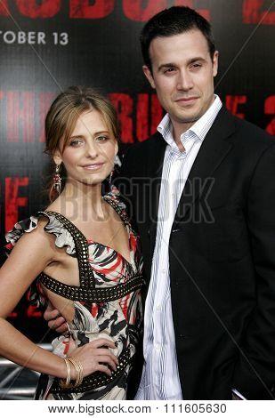 BUENA PARK, CALIFORNIA. October 8, 2006. Freddie Prinze Jr. and Sarah Michelle Gellar attend the World Premiere of