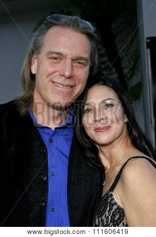 11/20/2005 - Hollywood - Raja Gosnell and wife Celeste at the