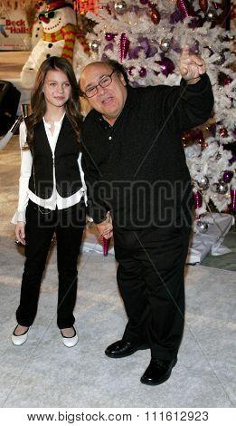 HOLLYWOOD, CALIFORNIA. November 12, 2006. Danny DeVito attends the World Premiere of